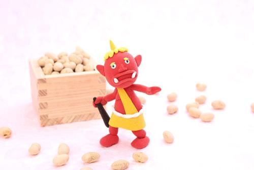 節分の鬼と豆まき