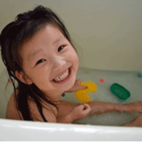 お風呂プールの女の子